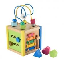 Petite cube d'activité en bois
